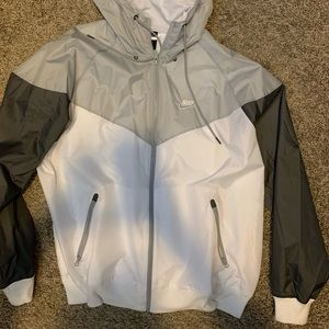 Nike Gray/White/Dark Grey NWT - RARE